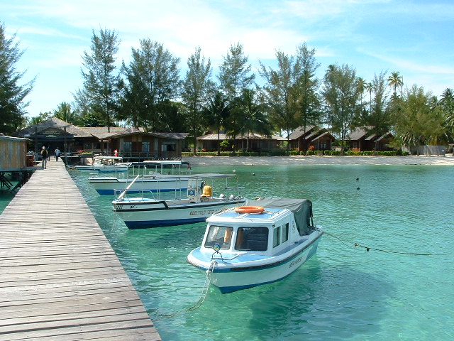 Vacation-in-Derawan-Island